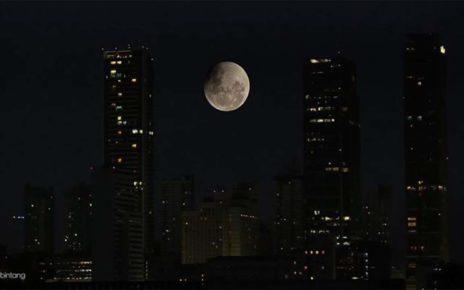 Jika Bumi Tak Lagi Memiliki Bulan