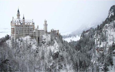 6 Kastil Terindah Seperti Berada di Negeri Dongeng