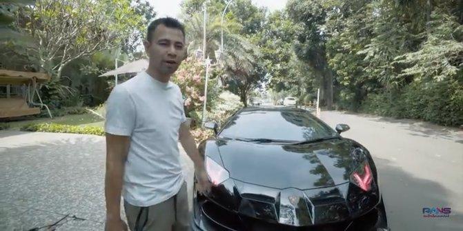 Mobil Batman Raffi