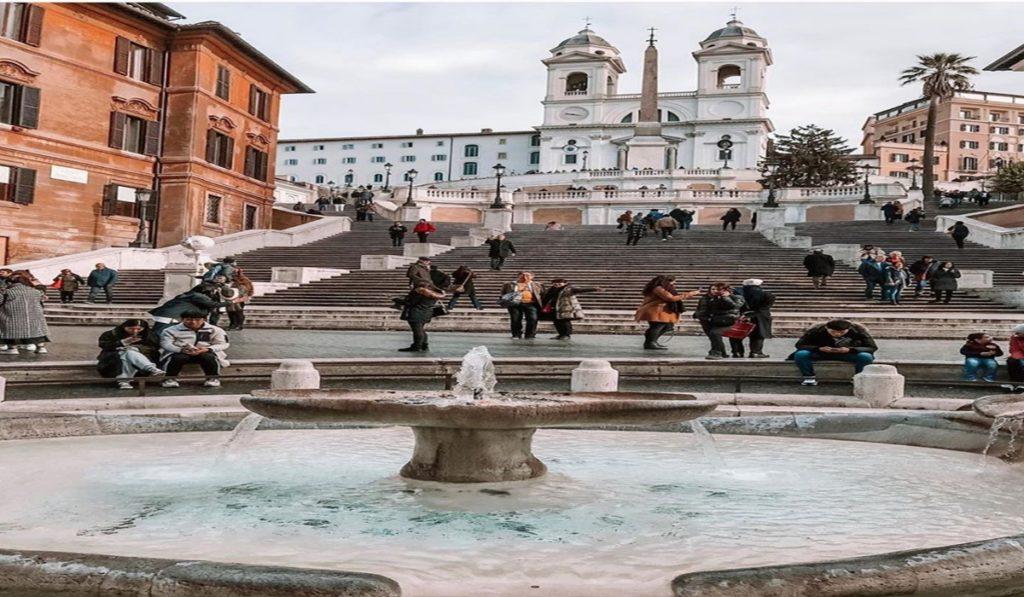 5 Destinasi Menarik dan Gratis Ini Wajib Dikunjungi Saat ke Roma