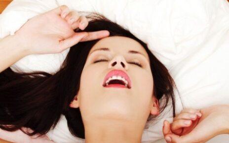 5 Manfaat Kesehatan yang Didapat dari Orgasme
